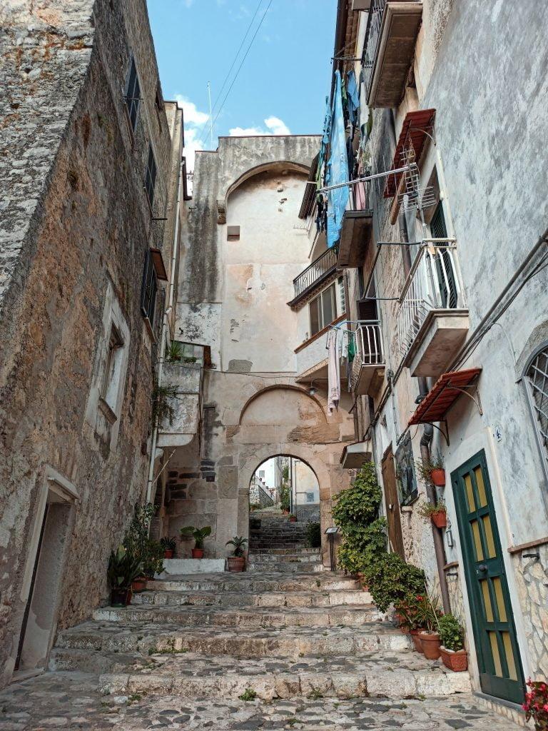 Borghi da visitare nel Lazio: porta Mamurra a Itri